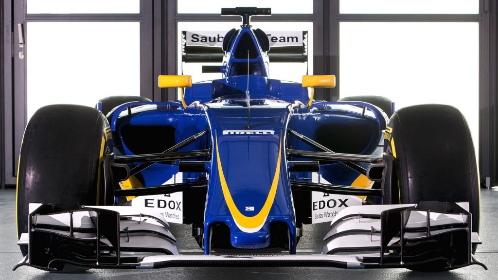 f1-sauber-unveil-2016-car-c35-ferrari-1