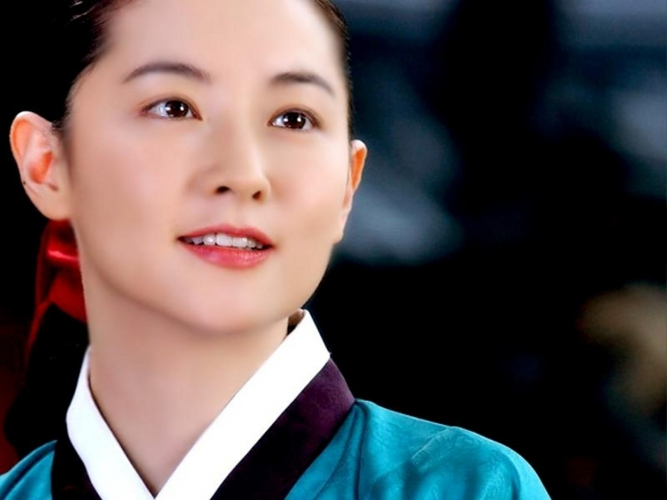 Lee Young Ae - 01