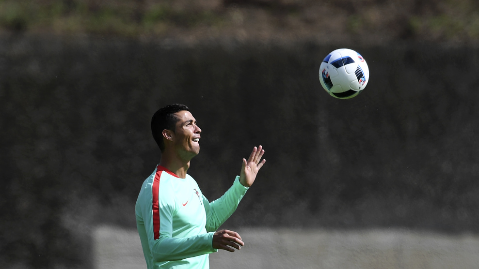 Portugal's forward Cristiano Ronaldo practices during a training session at the team's base camp in Marcoussis, outskirts of Paris, on June 29, 2016, on the eve of the UEFA Euro 2016 quarter final football match Poland vs Portugal. / AFP / FRANCISCO LEONG (Photo credit should read FRANCISCO LEONG/AFP/Getty Images)