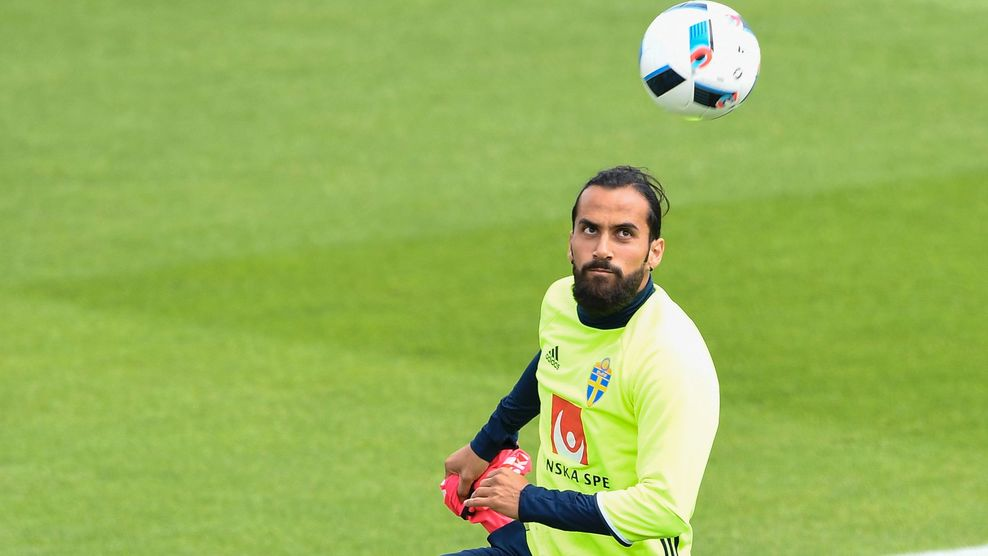 Sweden's midfielder Erkan Zengin attends a training session in Saint-Nazaire on June 15, 2016 during the Euro 2016 football tournament. / AFP / JONATHAN NACKSTRAND (Photo credit should read JONATHAN NACKSTRAND/AFP/Getty Images)